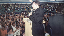 Paul speaking in Guayaquil, Ecuador.