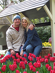 Paul & Karla at the world�s largest flower garden in Holland.